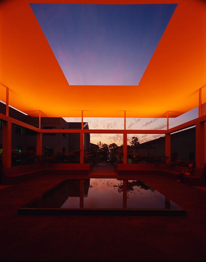 01 James Turrell Skyspace Pomona College Museum of Art