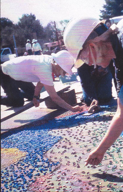 04 Public Art_setting tiles